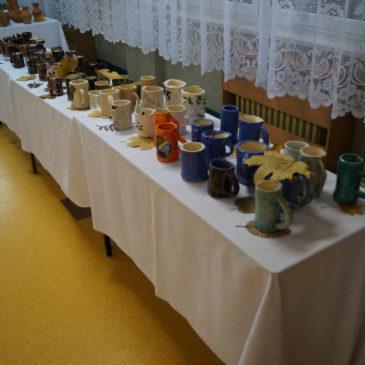Wystawa prac ceramicznych w ZSZ Nr 3 w Ostrołęce